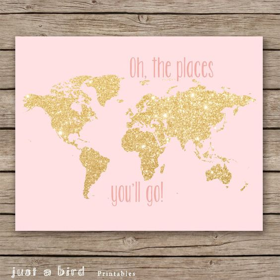 This adorable gold glitter and pink wall art is perfect for your pink nursery